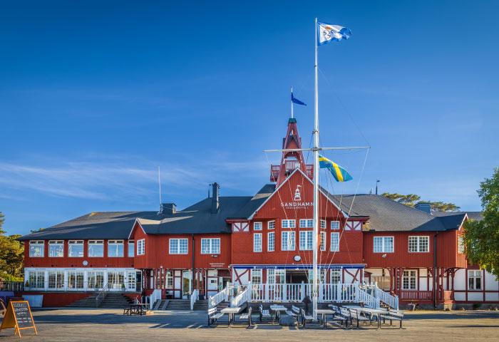 Historisches Gebäude der Segler auf der Insel Sandhamn
